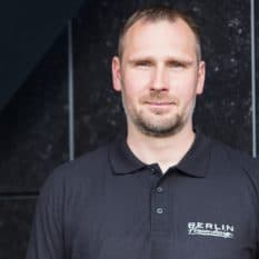 Sebastian Pilz, Vorarbeiter bei Berlin Fliesendesign